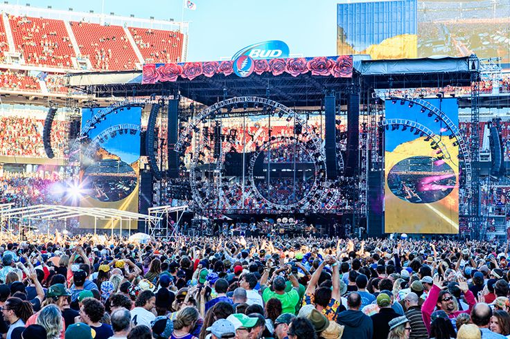 The Grateful Dead 'Fare Thee Well' Tour - FRONT of HOUSE