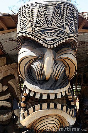 Découpage hawaïen de totem