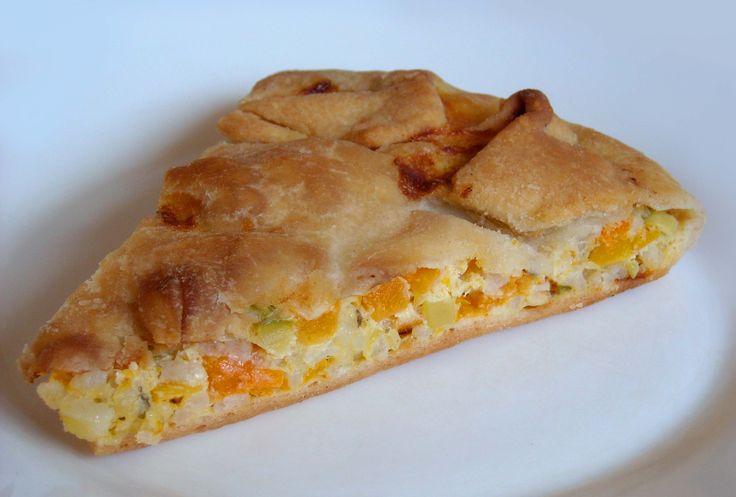 La torta di zucca è una tradizione ligure, almeno nel modo di questa ricetta. UN po' passata di moda, si trova ancora in occasione della Mostra di Murta.