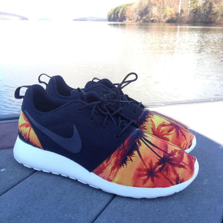 online retailer a96f6 5f4cd 310 best Sneakers images on Pinterest   Shoes, Shoe and Nike shoes