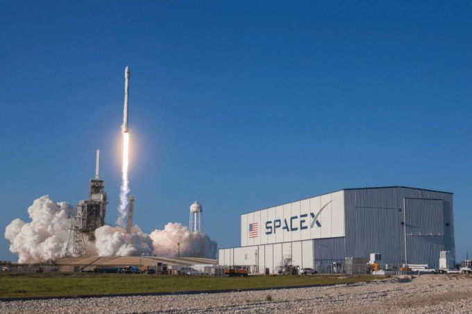 Weekly Roundup: A big win for SpaceX, Congress votes to let ISP's sell your browsing history - http://www.sogotechnews.com/2017/03/31/weekly-roundup-a-big-win-for-spacex-congress-votes-to-let-isps-sell-your-browsing-history/?utm_source=Pinterest&utm_medium=autoshare&utm_campaign=SOGO+Tech+News