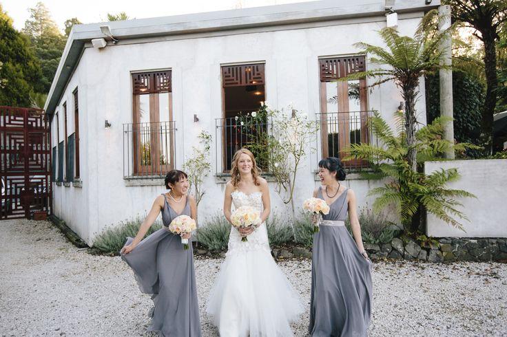 ViCTOR | Real Wedding | Style STEPHANIE in Aura Grey