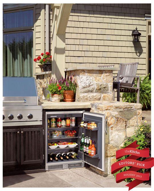 Win: R0 500 Indoor/Outdoor Refrigerator Holiday Giveaway