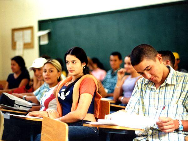 Becas municipales para estudiantes del nivel superior