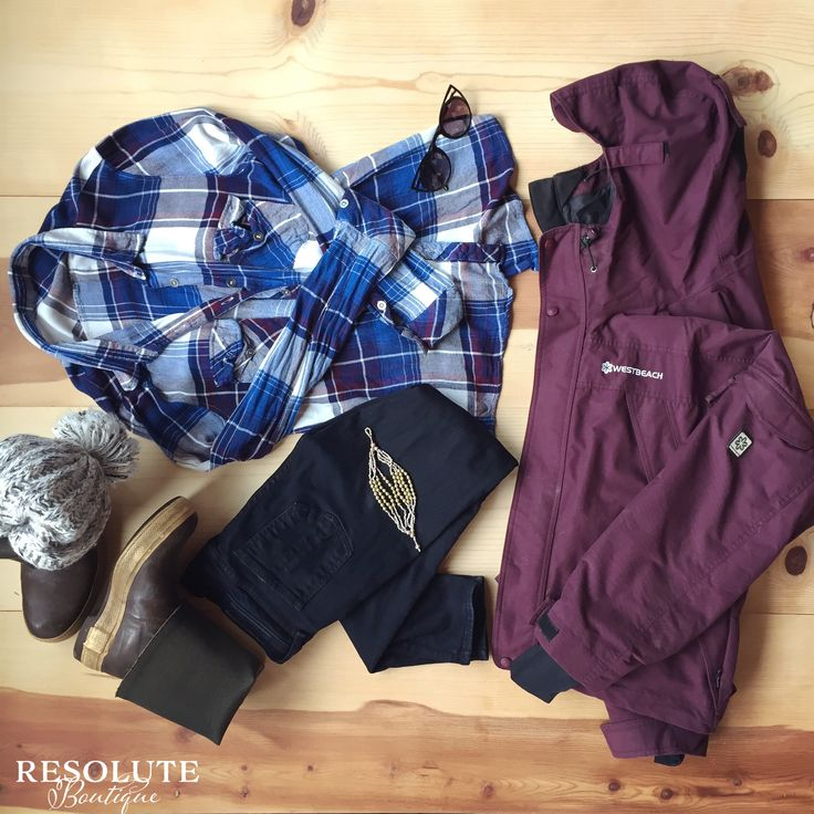 Winter in Alaska and how to dress for the weather if you live in Southeast Alaska. Black, quality denim, flannel layer, snow coat, xtra tuffs, hat, and awesome jewelry!