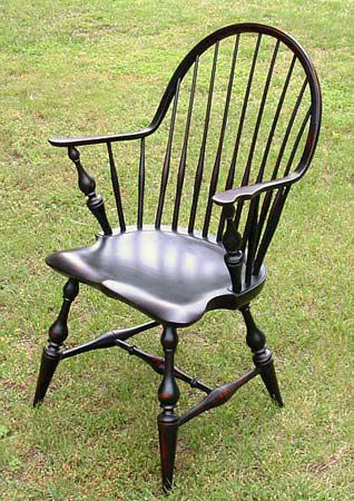 Continuous Arm Windsor Chair With Vase Legs   Windsor Chairs .