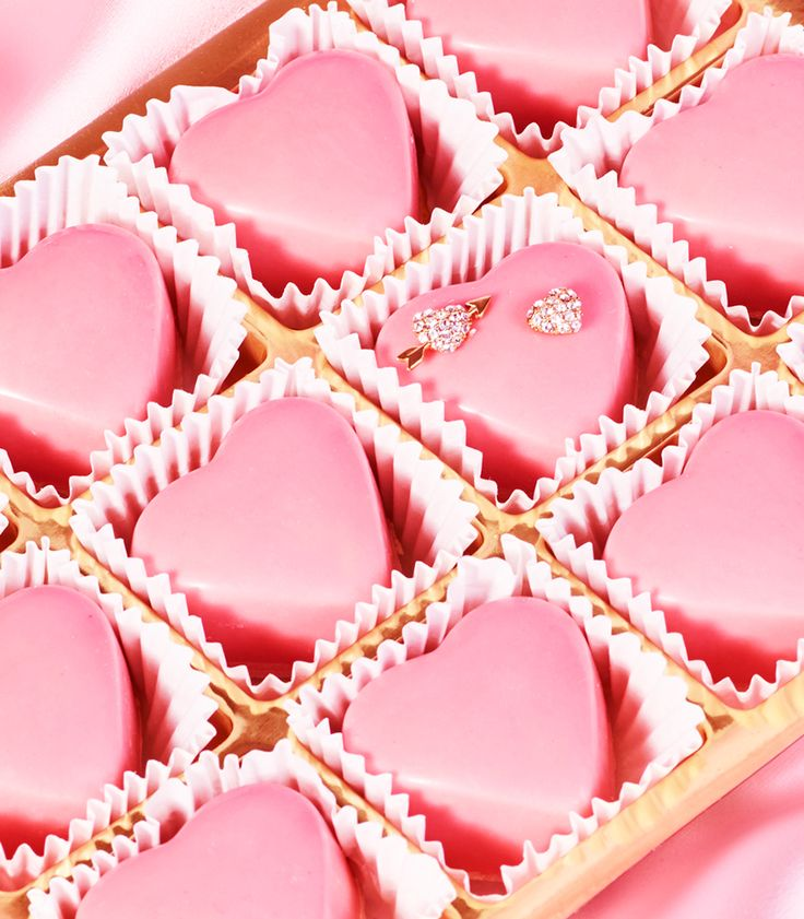 sweet! shop the kate spade new york valentine's day gift guide.