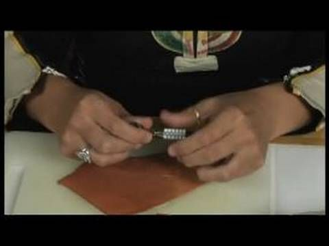 Basic Leather Working : Understand How a Swivel Knife Affects Leather Working
