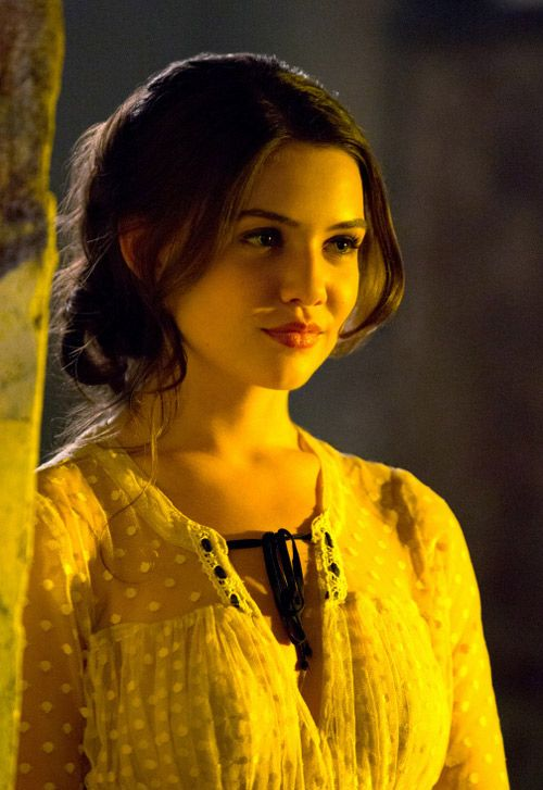 Desdemona Grey. My actress of choice: Danielle Campbell.