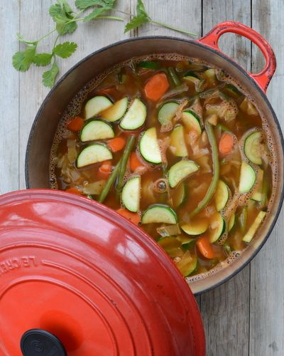 """Weight Watchers Zero Points Garden Vegetable Soup ♥ AVeggieVenture.com, the famous original soup. Vegan. Low Carb. Gluten Free. Whole 30. SmartPoints 1.5 but """"free""""."""