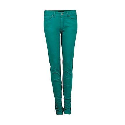 Week 6 #ootw : Trendy gekleurde jeans ook in de lente en zomer weer helemaal in, en nu voor een leuk prijsje