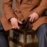 La rustica eleganza medievale del cappotto Casentino di LORD BRUMMELL