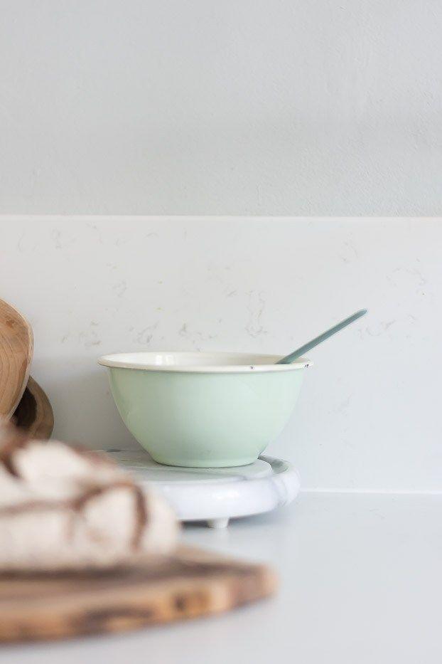 Bei der Küchenplanung muss einiges beacht werden. Ich habe euch daher unsere Erfahrungen und Tipps zur Küchenplanung aufgeschrieben.Küche, Küchedetails, Silestone, Quarzstein Arbeitsplatte Marmor , Küchenplanung, grifflose Küche, scandinavisch