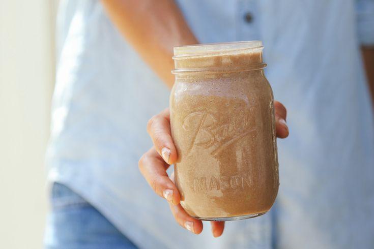 Golden Chocolate Chia Vegan Milkshake — earthyandy