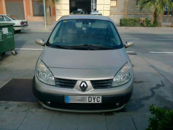 Renault Megane Grand Scenic II, 1.9 dci 130 cv 7 PLAZAS