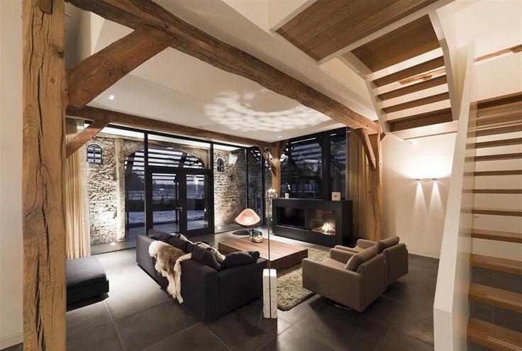 Trap, oplossing glas oude deuren deel en combi oude hout in modern jasje