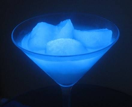 How to make glow-in-the-dark ice!