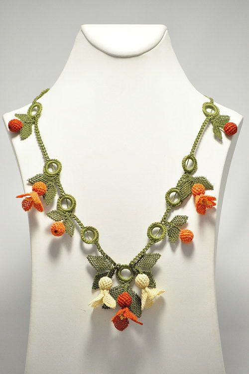 Silk Needle Lace (Turkish oya) Neclace With Orange Flowers