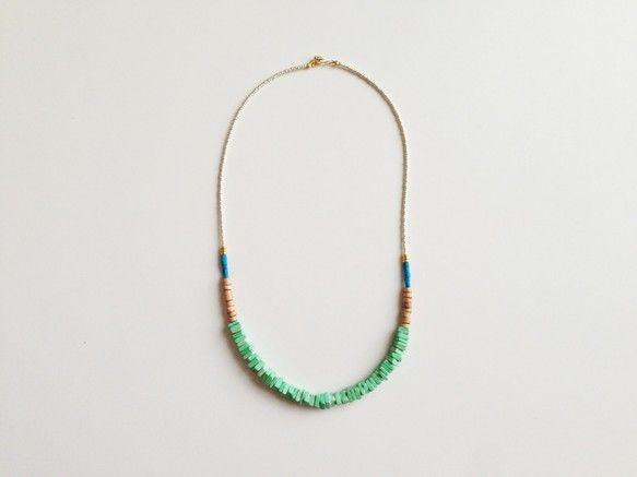 kicca jewelry .............. 2013 awアフリカンビーズやコルクビーズを自由に組み合わせたネックレスはシンプルな服装のポイント...|ハンドメイド、手作り、手仕事品の通販・販売・購入ならCreema。
