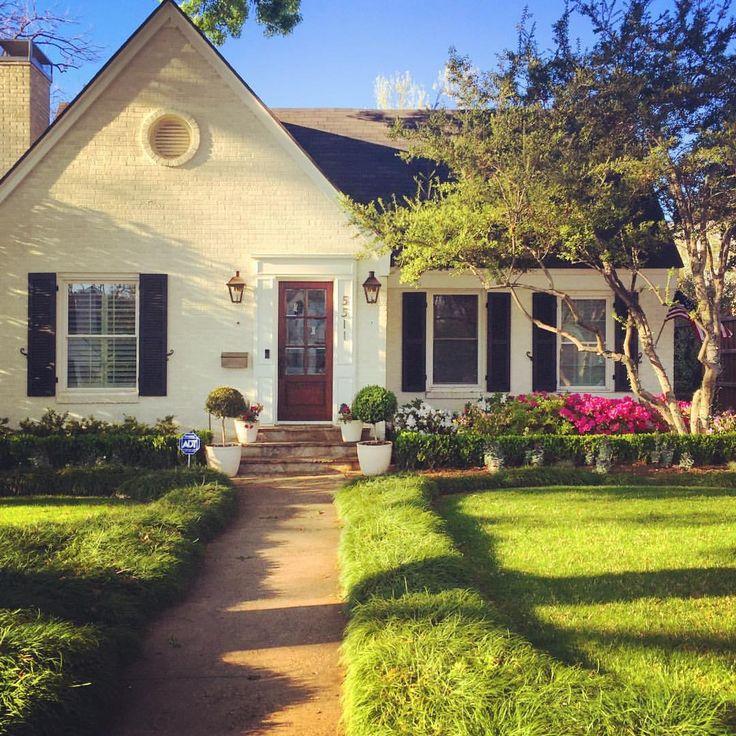 Home Design Smallhouse: #whitebrickhouse #paintedbrick Small Painted Brick House