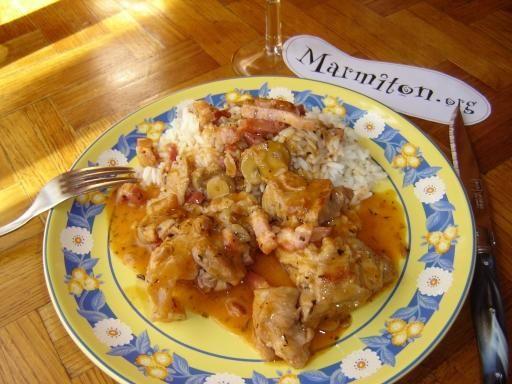 poivre, échalote, Viandes, farine, champignon, bouquet garni, vin blanc sec, concentré de tomate, beurre, eau, ail, sel, carotte