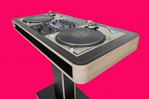 La table de mixage en kit #set #dj #dream #music #interior