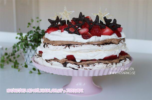 Marängdröm med mjölkchokladfluff & jordgubbar | HUSnrNIO V2