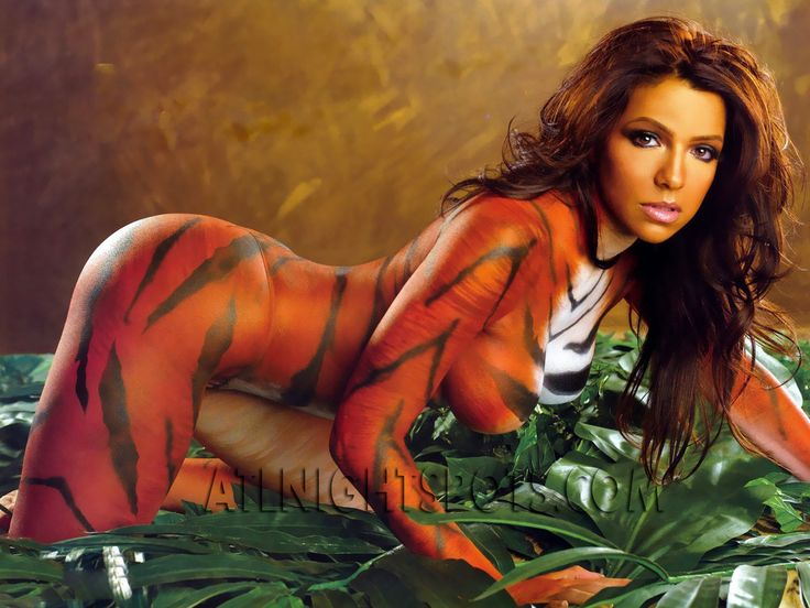Vida guerra tiger body paint excited too