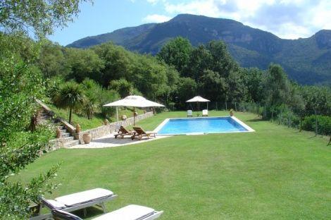 Hotel con encanto en venta Besalu garrotxa girona, hotel rural en venta http://www.lancoisdoval.es/casas-rurales-en-venta.html