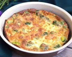 Quiche sans pâte au brocoli et lardons fumés : http://www.cuisineaz.com/recettes/quiche-sans-pate-au-brocoli-et-lardons-fumes-83398.aspx