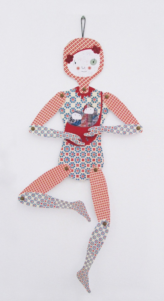 Mowobjetos — Lucía, articulated paper doll.