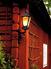 Rätt ljus på huset - Gård och Torp