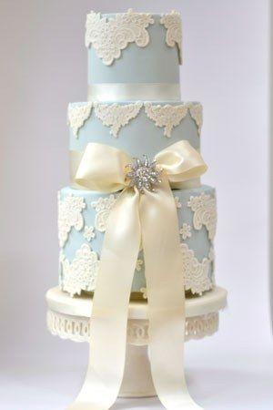 Blue Vintage Wedding Cake With Diamantie bow    #blue #wedding #cake