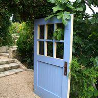 Explore Your Garden Personality: The Romantic