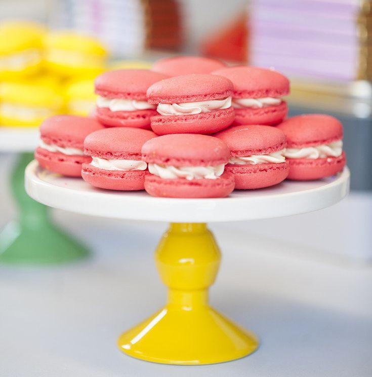 pink marcaroon wedding desserts,macaron wedding cake,macaron wedding tower,wedding dessert bar