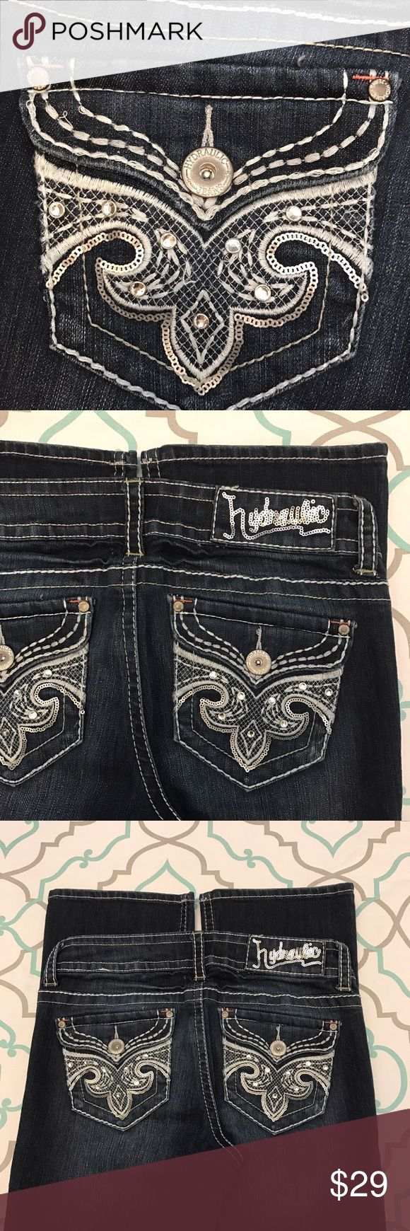 """💙👖Gorgeous Hydraulic Jeans👖💙29 7/8 32"""" Bling!! 💙👖Gorgeous Hydraulic Jeans👖💙 Size 29 (7/8). 31.75"""" Inseam. 8"""" Rise. 14.25"""" Across Back. Amazing Stretch. Dark Blue Wash. Lola Slim Boot. Thick White Stitching! Bling! Sequins! So Pretty! & So Cute! Light Fading! Excellent Used Condition! Hydraulic! Ask me any questions! : ) Hydraulic Jeans Boot Cut"""