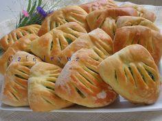 Сafe Iryna: Кармашки с молодой капустой и зеленым луком.