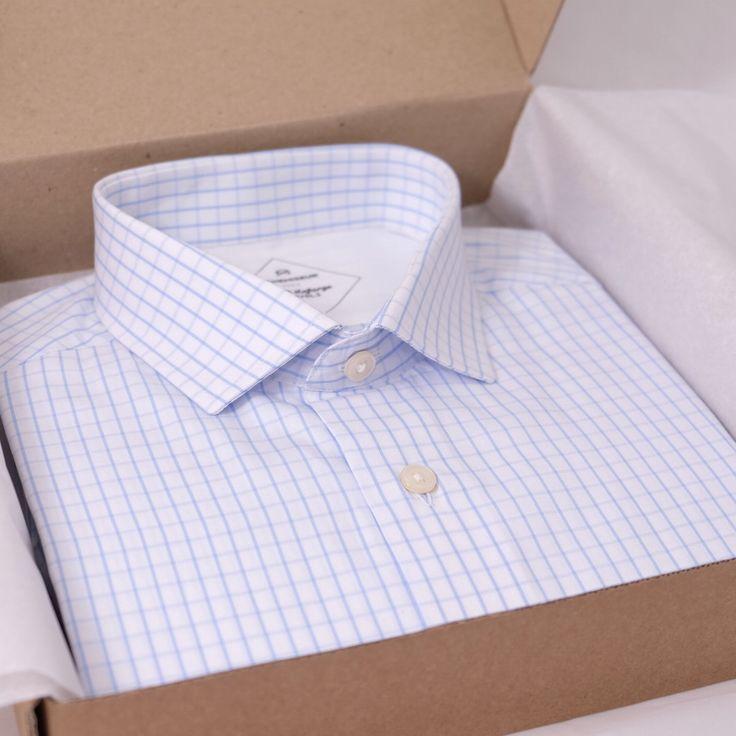 LE CHEMISEUR® est la marque française de chemises de qualité qui simplifie le sur-mesure.  Créez votre coupe en ligne en 4 étapes :