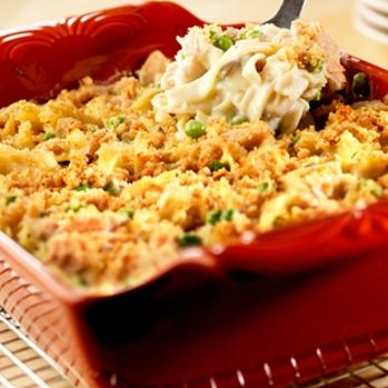 Crowd-Pleasing Tuna Noodle Casserole - only change I'll make is the pasta...go with a whole wheat, any shape :)