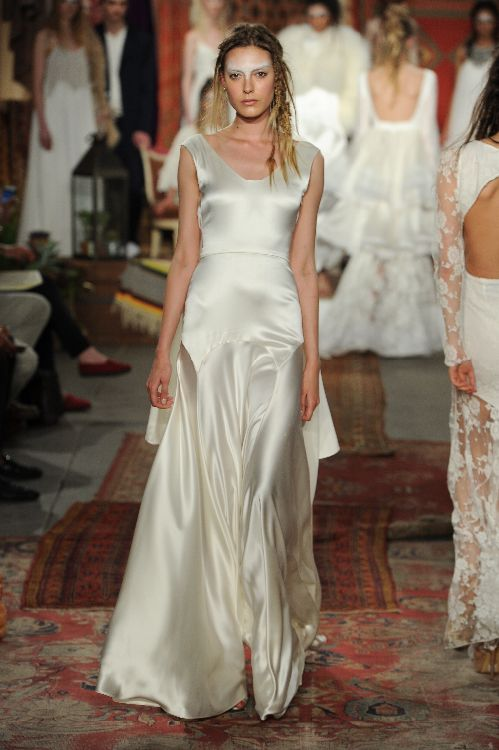 Wedding Dress From Houghton Bride Spring Summer 2016 Collection Image By Maria Valentina