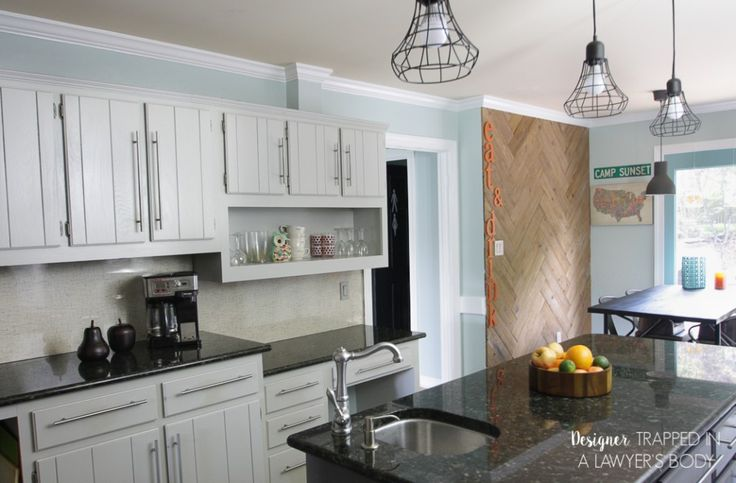 Painted oak kitchen cabinets painted white cathedral for Cathedral style kitchen cabinets