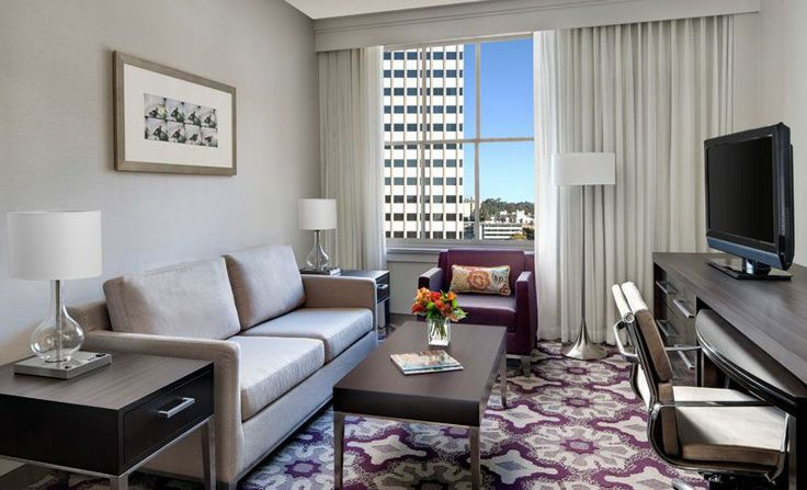 King Suite Living Room - Courtyard by Marriott San Diego Downtown