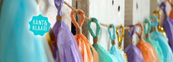 Deze vrolijke papieren slingers zijn ontzettend populair. Ze hangen niet alleen mooi op verjaardagen, babyshowers en bruiloften. Maar zijn ook geweldig in je speelkamer, op de kinderkamer of bij een picknick. Ze vrolijken je huiskamer en tuin op of laten je werkplek stralen. En voor wat extra bling bling voeg je een paar zilveren of gouden tassels toe. De slinger wordt kant en klaar verstuurd dus je hoeft 'm alleen nog op te hangen!