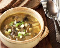 Грибной суп – это особое блюдо, его рецепт часто передается из поколения в поколение. Многие семьи считают, что знают наилучшие правила для его приготовления и хранят в секрете состав их компонентов....
