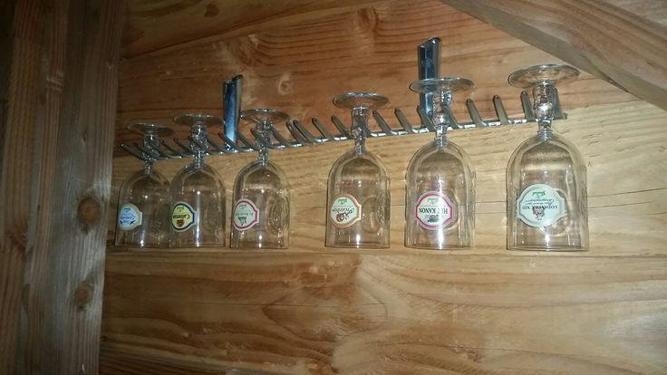 Glazen Grolsch bier beugel hark rake schuur mancave shed