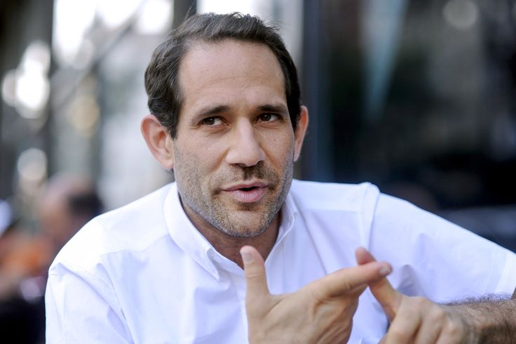 American Apparel board voted to oust founder Dov Charney as chairman