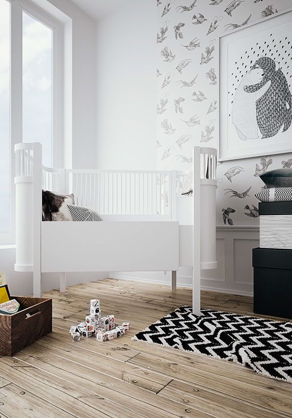 Neutral baby's room - white walls with beautiful wood floors #nursery modern nursery #babyroom kids lifestyle #soft colors kids room www.circu.net