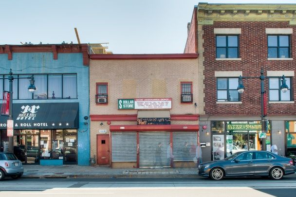 #Crowdfunding community regeneration: @Fundrise & other first-movers' stories @emilymbadger #DC #JOBSAct