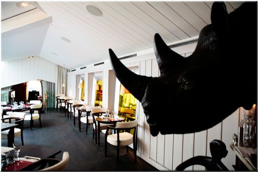 BON Restaurant Paris, the fireplace room : french and asian culinary restaurant designed by Philippe Starck