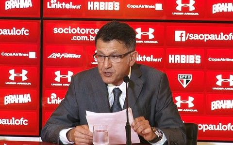 Osorio faz pronunciamento de despedida do São Paulo 08.10.2015